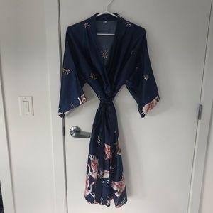 Other - Silky Kimono Robe